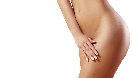 Körperpflege und saubere Haut. Sexy Frau im Spa